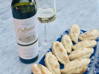 Argentinian Empanadas Salteñas paired with a Torrontés Wine