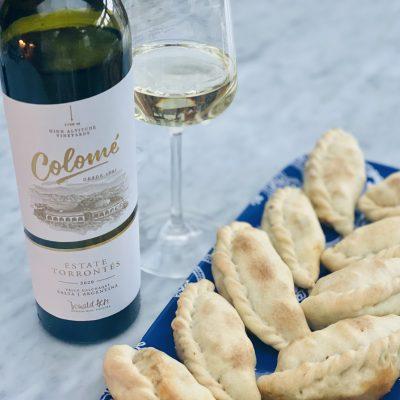 torrontes wine and empanadas
