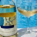 Oregon White Pinot Noir Poolside
