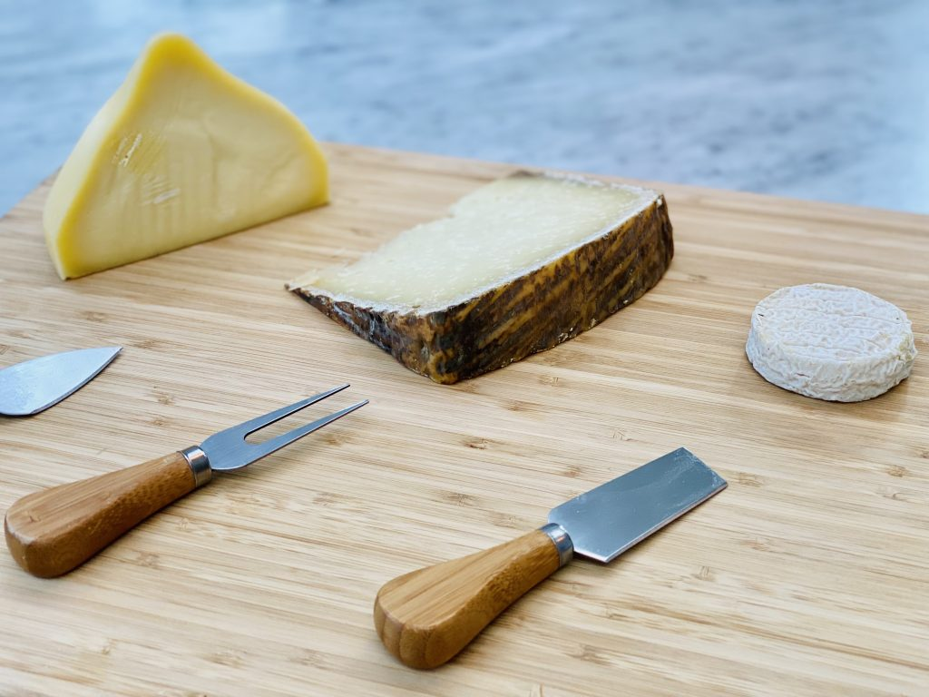 European Cheeses with Refreshing White Wines