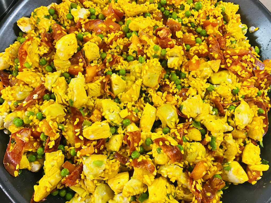 uncooked paella