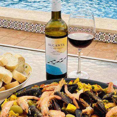 Alcanta Vino Mediterraneo and Paella