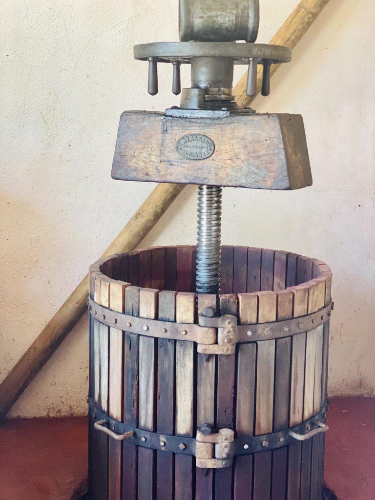 Bodegas Faelo press